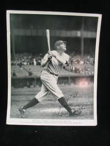 1512: Babe Ruth Autographed Photo, Quaker Oats