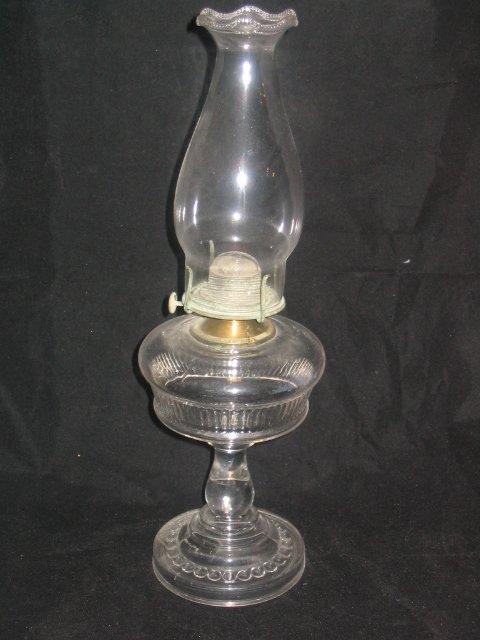 4003: Glass Base Kerosene Lamp