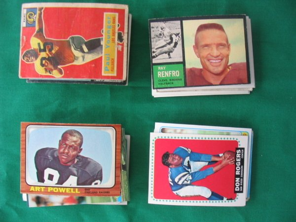 "2010: Football Lot of More Than ""60"" Cards"