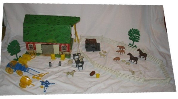 3002: Tin Litho Happy Time Farm Toy Set by Marx
