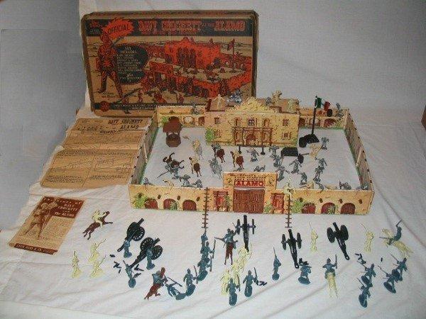 3006: Tin Litho Walt Disney Davy Crockett at the Alamo
