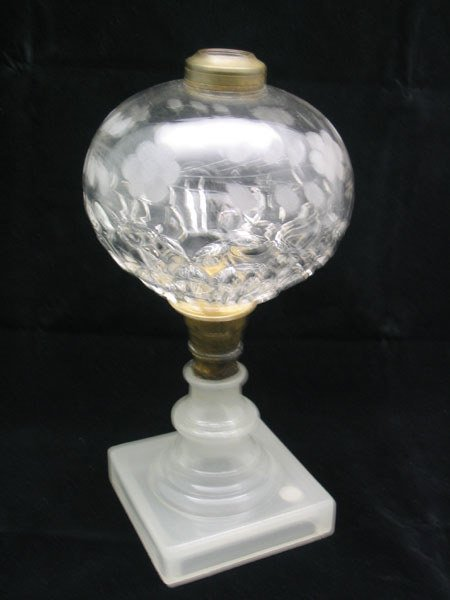 16: Opaque Base Etched Top Oil Lamp