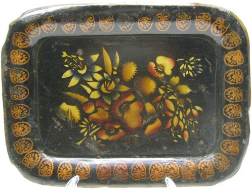 504: Japanned Toleware Tray, Scalloped Edge.