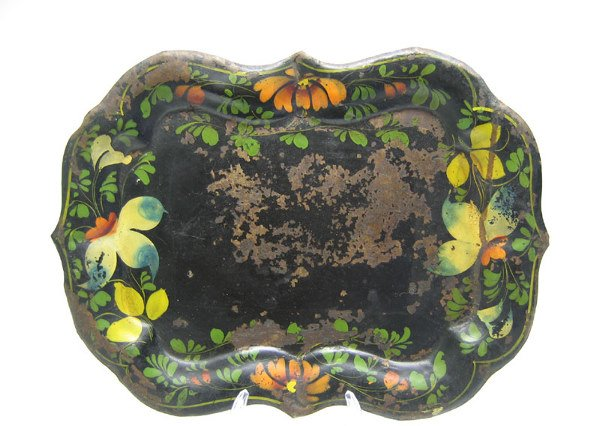 515: Japanned Toleware Tray, Scalloped Edge.