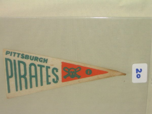 1020: Pittsburgh Pirates 1939 Candy Pennant I