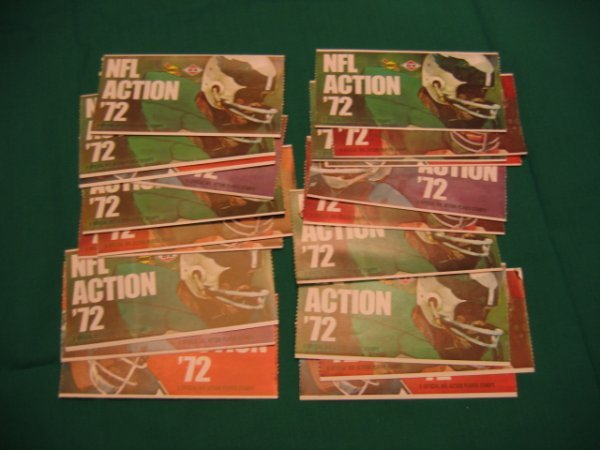 1009: NFL Action 1972 Sunoco Stamp Unopened Packets