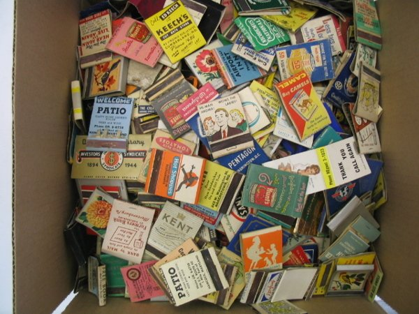 409: 1300 Advertising Matchbook Covers, 1940's - 1960's
