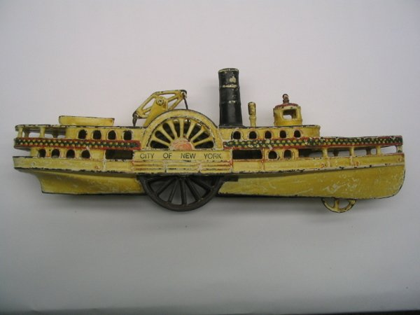 2005: Cast Paddle Wheel Steamboat Pull Toy