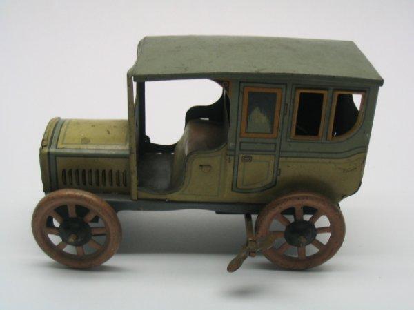 2007: Tin Litho Wind-Up 1920's Toy Car
