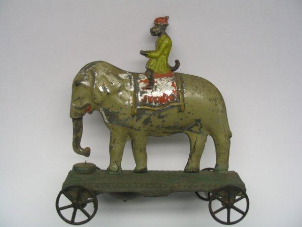 2020: Rogers / Razor Sheffield Jumbo Elephant Pull Toy