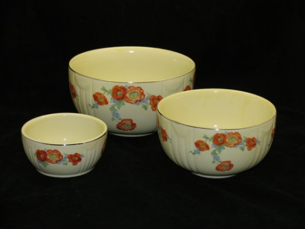 1: Halls Orange Poppy Nesting Bowl Set