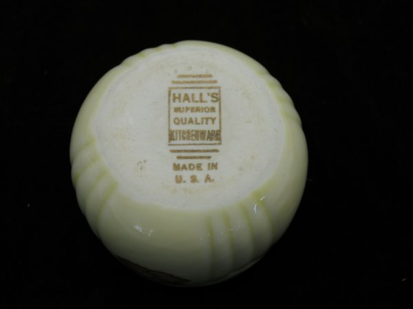 13: 8 Halls Orange Poppy Custard Cups