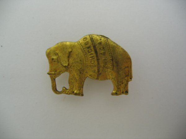3013: Republican Elephant Cufflink