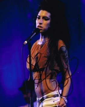 Amy Winehouse Signed Photo.