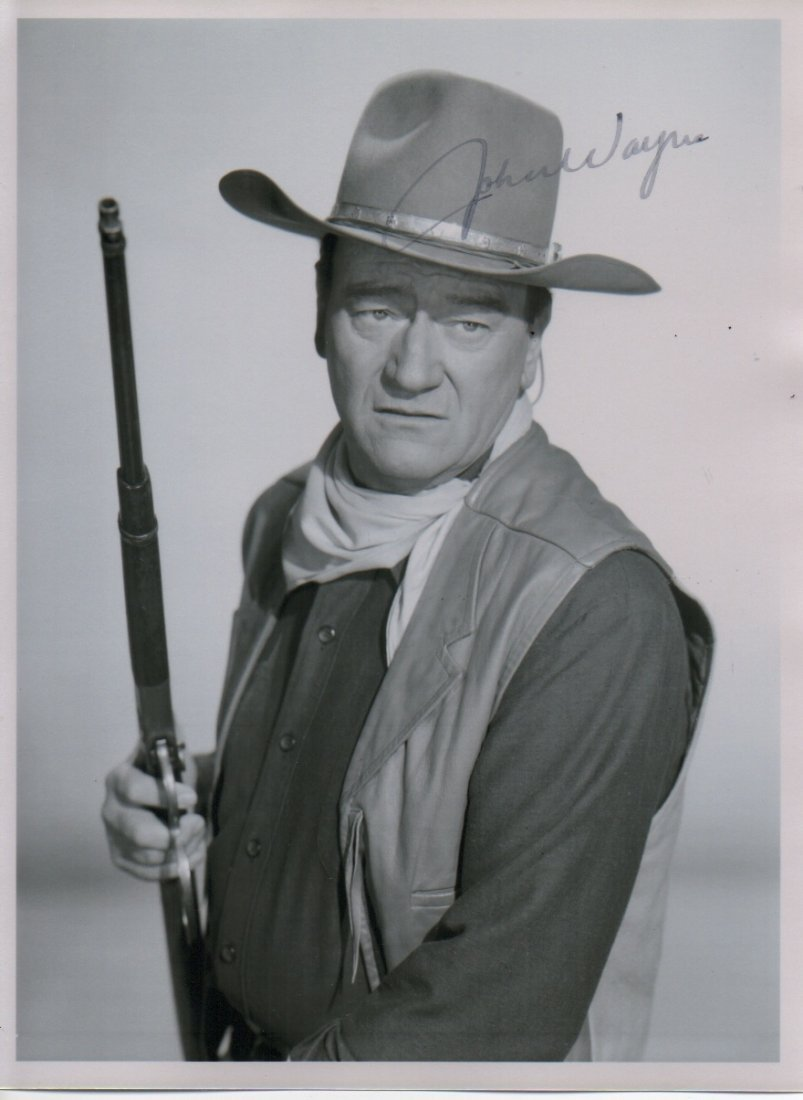 JOHN WAYNE SIGNED PHOTO.