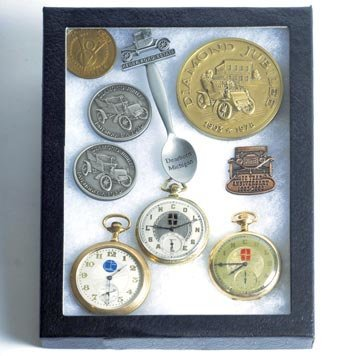 118: 118-Medallions and Pocket Watches
