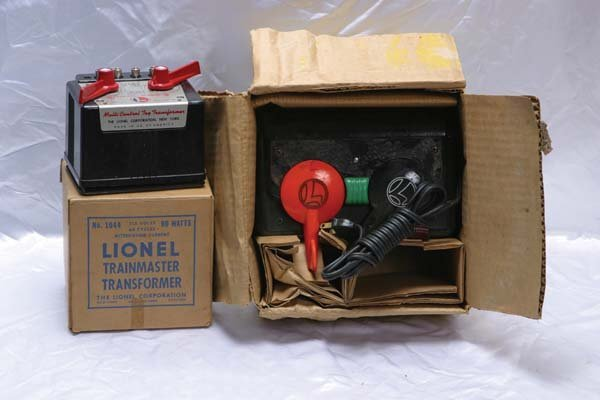0203: Lionel Accessories 1044 90 watt transformer, Type