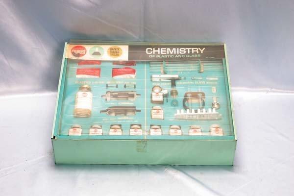 1016: Gilbert Chemistry Set 12084 Chemistry of Plastic