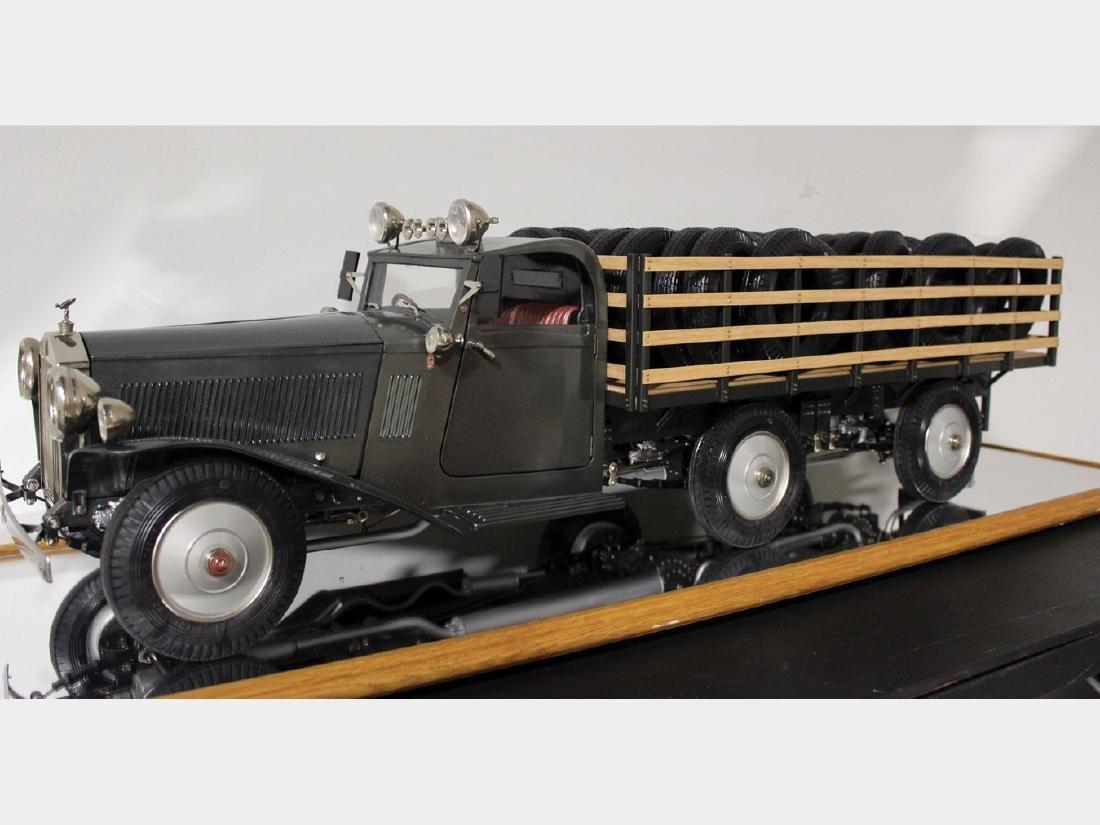 Rolls-Royce Truck 1:8 Model by Pocher