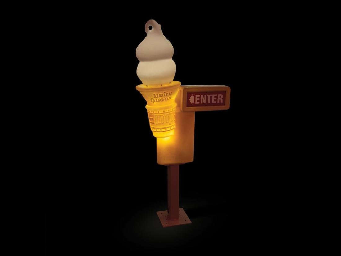Dairy Queen Entrance Lighted Sign
