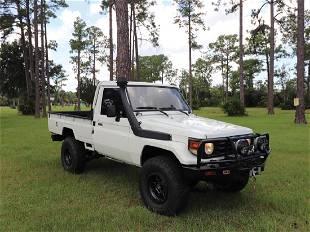 1990 Toyota HZJ75 Pickup