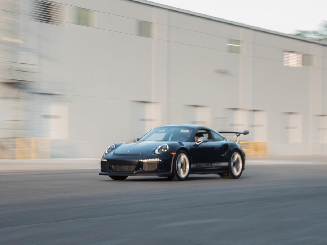 2016 Porsche 911 GT3 RS - 10