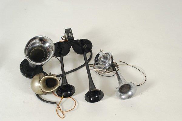 5104: Assorted Horns