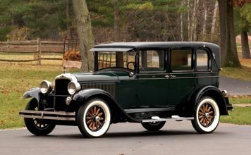 214: 214-1928 Oakland All-American Six Landau Sedan