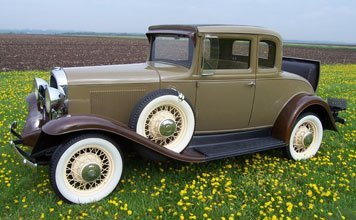 202: 1931 Oldsmobile Sport Coupe