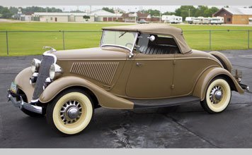 216: 1934 Ford Deluxe Roadster