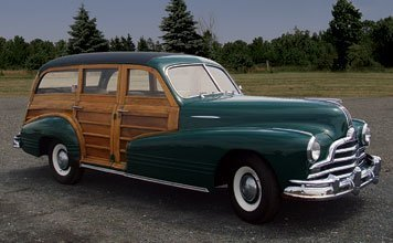 1215: 1947 Pontiac Streamline Woodie Wagon