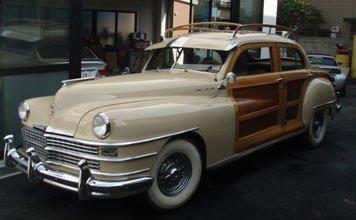 1512: 1947 Chrysler Town & Country Sedan
