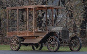 207: 1913 Ford  Model T Huckster Wagon