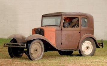 211: 1933 American  Austin Model 375 Coupe