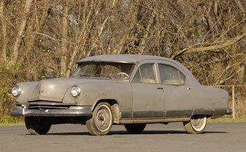 215: 1951 Kaiser Model 512 Deluxe Sedan
