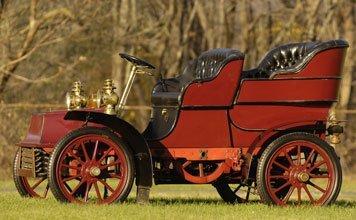 221: 1904 Cadillac Model B  Rear-Entrance Tonneau