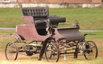 224: 1903 Stanley Solid Seat Steam Runabout (Model B)