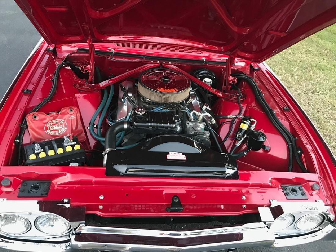 1963 Ford Thunderbird - 3