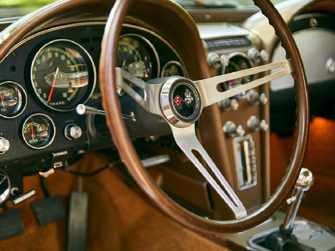 1965 Chevrolet Corvette Sting Ray Coupe - 10