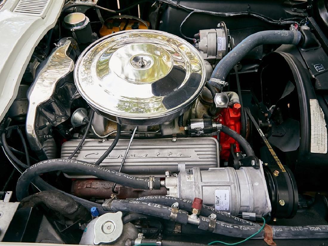 1965 Chevrolet Corvette Sting Ray Coupe - 3