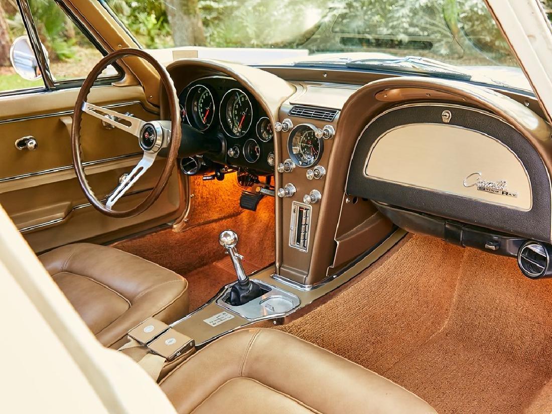 1965 Chevrolet Corvette Sting Ray Coupe - 4