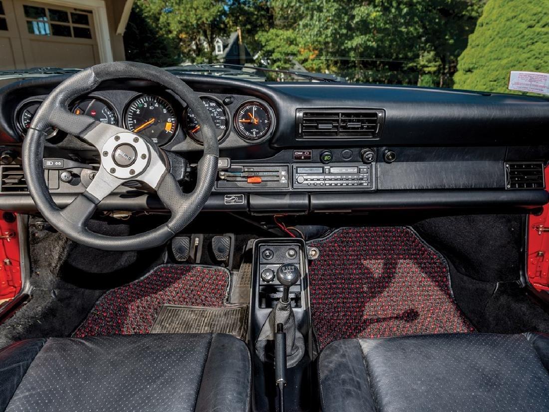 1988 Porsche 911 Carrera Coupe - 9