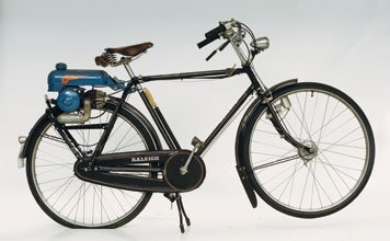 707: 1951 Raleigh Bicycle with Mini-Motor