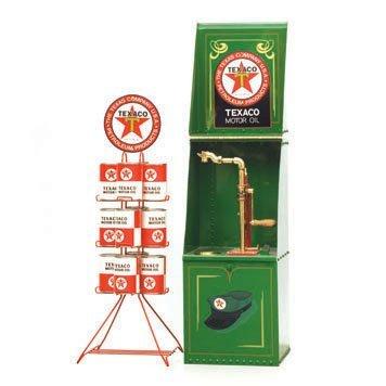 622: Texaco Bulk Oil Dispenser and Oil Display Rack