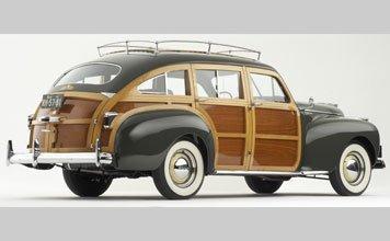 132: 1941 Chrysler Town & Country Barrel Back Estate Wa - 2