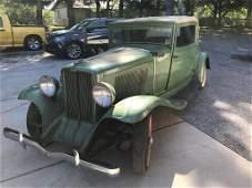 1932 Auburn 8-100 Three-Window Coupe