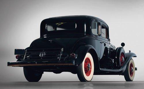 270: 1932 Cadillac V8 Victoria Coupe - 2