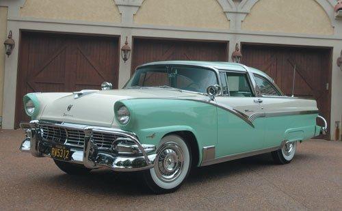 216: 1956 Ford Fairlane Crown Victoria