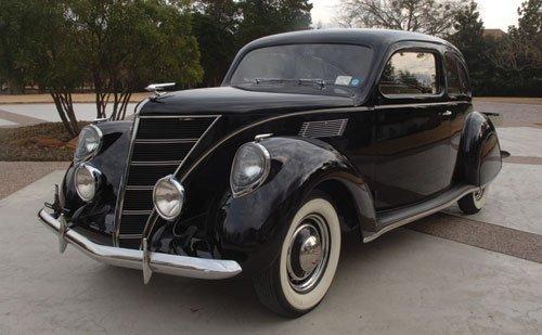 218: 1937 Lincoln Zephyr Two-Door Sedan