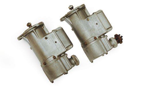 106: PAIR OF MAGNETI MARELLI MAGNETOS